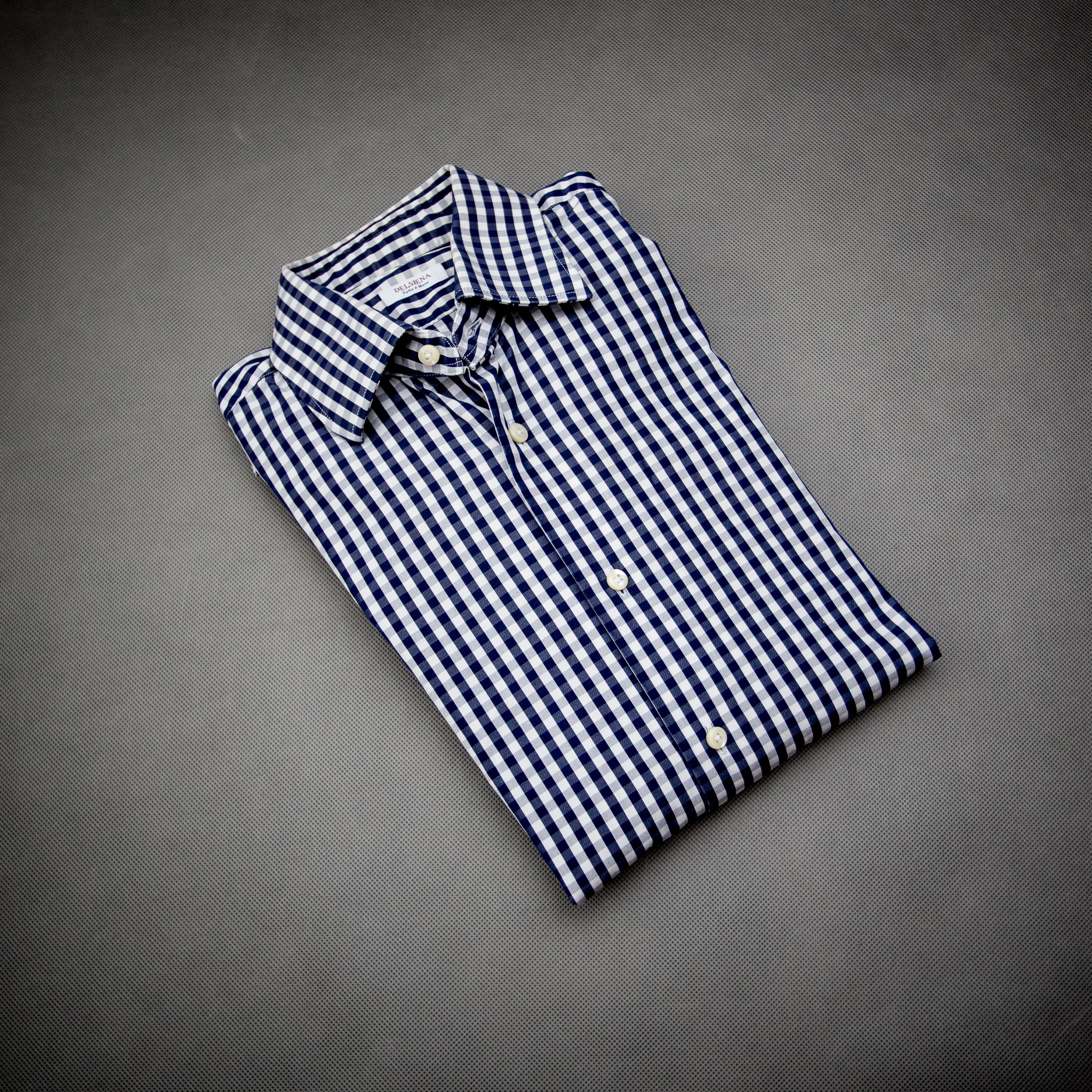888be70be7ef4 koszula kratka vichy granatowa podstawy jesiennej garderoby facet mężczyzna