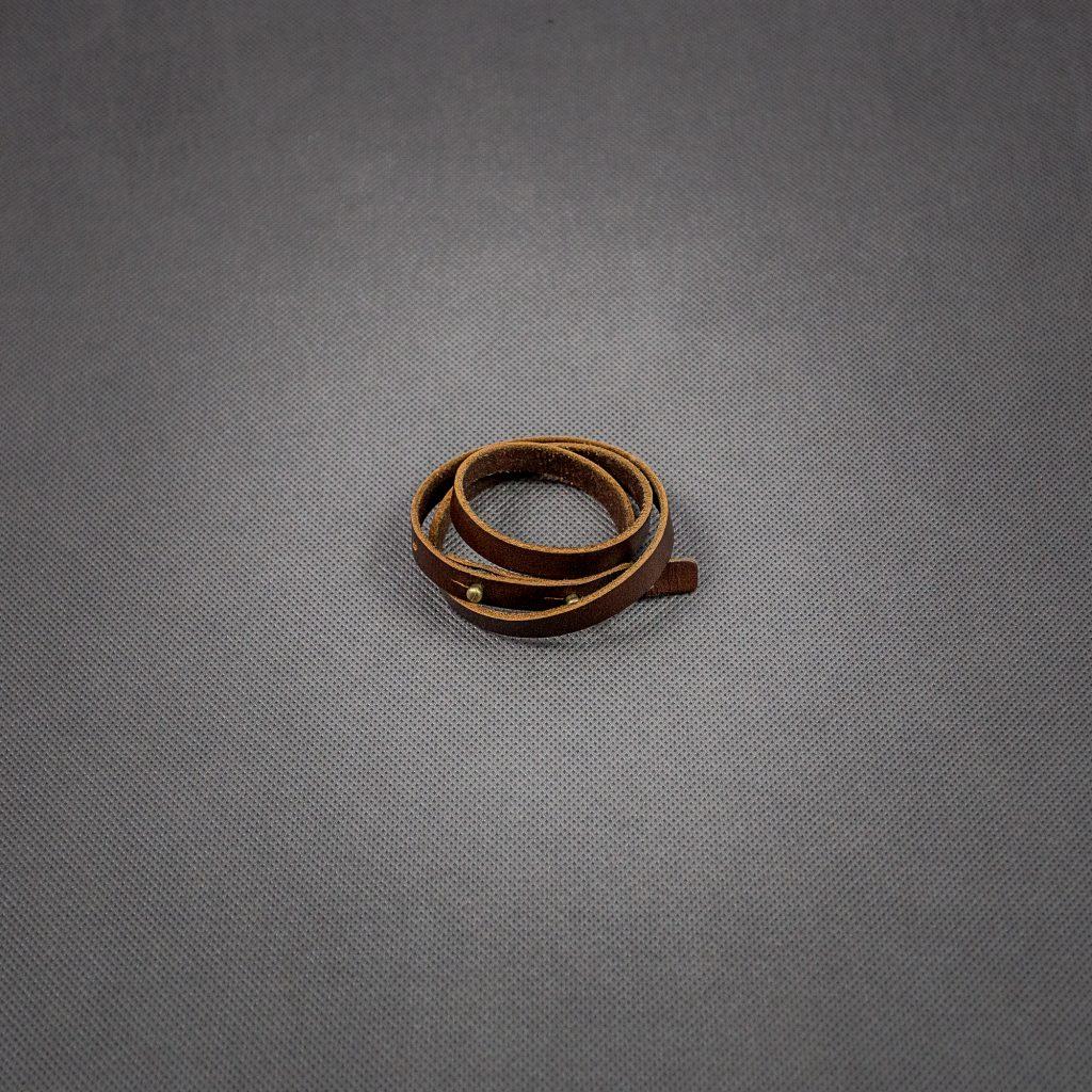 skórzana-bransoletka-rzemień-męska-biżuteria