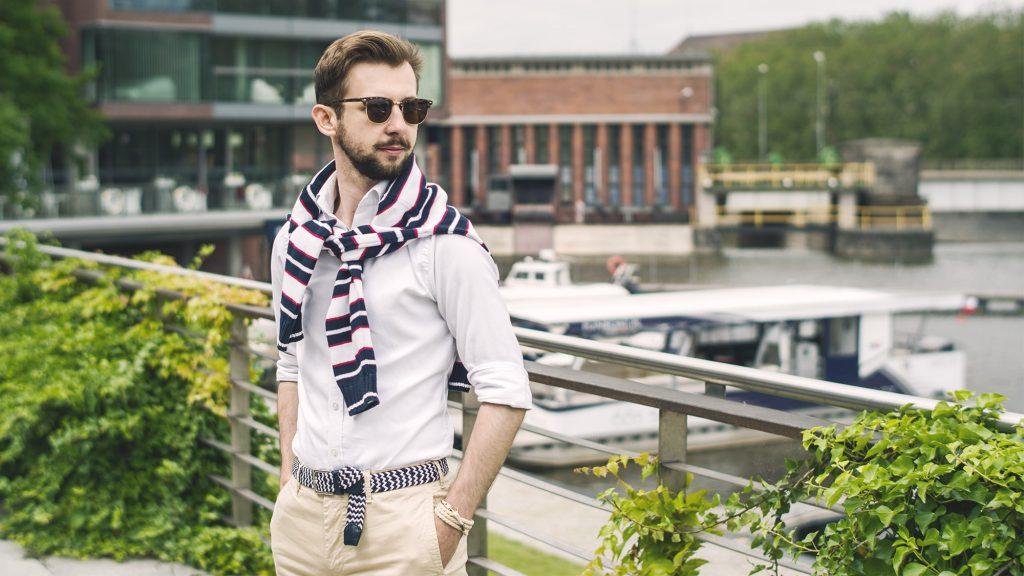 styl-marynistyczny-szorty-koszula-ocbd-pleciony-pasek-tassel-loafers-łódka-1