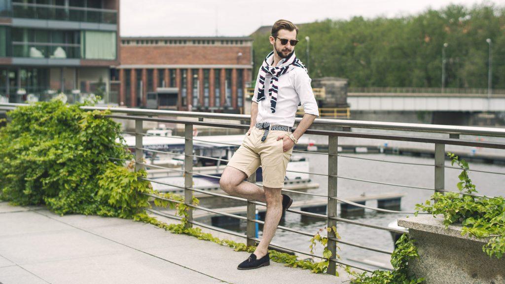 styl-marynistyczny-szorty-koszula-ocbd-pleciony-pasek-tassel-loafers-łódka-6